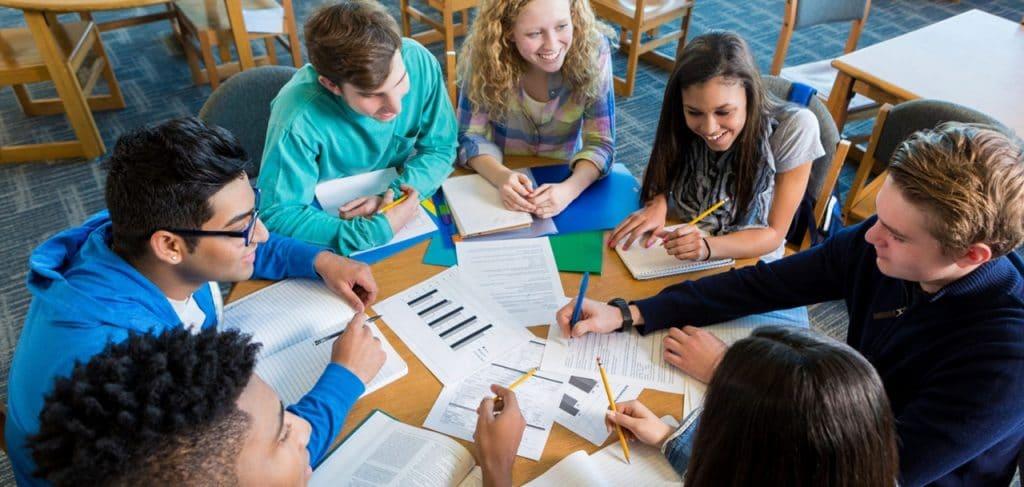Cơ hội nghề nghiệp và định cư rộng mở khi du học THPT Canada